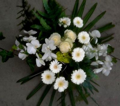 bloemstuk wit met orchidee en gerbera