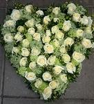 bloemstuk hartmodel wit